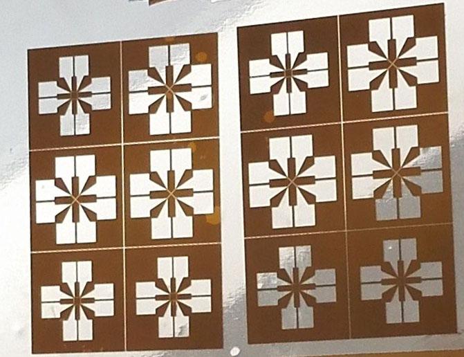 1.采用高功率高稳定紫外激光器直接烧蚀气化材料,m级加工线宽,m级热影响区; 2.通过进口精密振镜高速高精度控制光束偏移,实现最高15m/s高速小幅面精密蚀刻; 3.通过微米级高速直线电机平台平移实现高速高精度大幅面蚀刻; 4. Z轴电动可调,以适应不同厚度材料,满足立体结构蚀刻要求; 5.